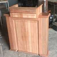 DELUXE WOOD PODIUMS
