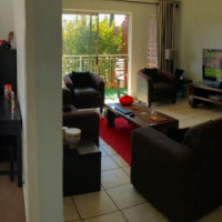 Moreleta Park modern 2 bedroom simplex - upmarket complex with pool close to all amenities