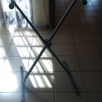 Dixon Keyboard Stand for sale in excellent condition