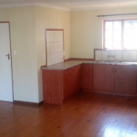 BIG Family home to rent, with flat and 2 bedroom cottage