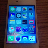Iphone 4s 16GB very clean