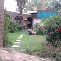 3 slaap kamer 2 bad kamer Tuin woonstel te huur Rietfontein PTA R8000.00 Pm dadelik beskikbaar