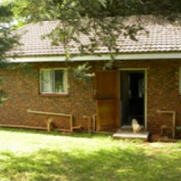 Ruim woonstel in tuin van hoofhuis privaat