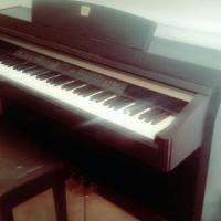 Yamaha clavinosa piano