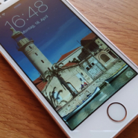**Latest model** iPhone SE WHITE 16GB to sell or swop