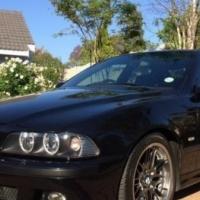 BMW M5 5.0 V8