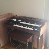 Lowrey Organ For sale