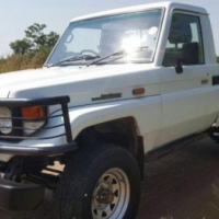 Toyota Land Cruiser 4.2 DIESEL PICK UP