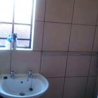 1 Bedroom apartment for sale for R365,000 (negotiable)
