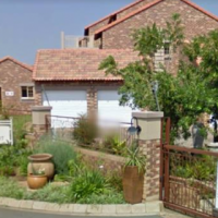 Neat Townhouse in Ruby Court, Eco Park Estate, Centurion