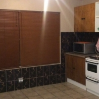 WITPOORTJIE: SECURE, SPACIOUS, 1BED FLAT WITH OWN GARDEN - R4000PM