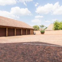 Hennopspark Bottom Stack Unit with garden for Sale
