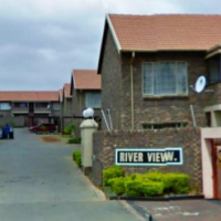 Two bedroom flat to rent in Phillip Nel Park - C0083