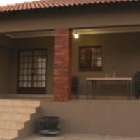 Neat spacious 2 bedroom cottage in Mnandi Centurion