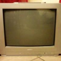 Logik 54cm tv with remote