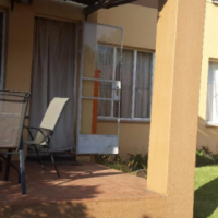 NO DEPOSIT SPECIAL Northgate Los Alamos 2bedroomed ground floor unit to let for R6500