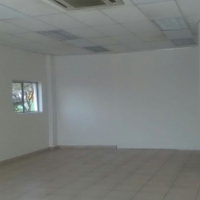 Retail office space to let