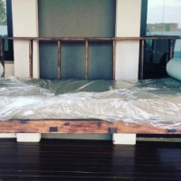 Beautiful SWINGING Patio Couch - NEW