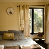 AUGUST SPECIAL! R499 PER NIGHT/ SLEEPS 2, GREAT DEALS FOR A LONGER STAY