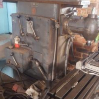 Milling machine horisontal and vertical