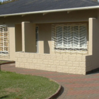 PRIVATE SALE -VANDERBIJLPARK: 3 Bedroom house (tiled throughout), large kitchen, dining room, with 1
