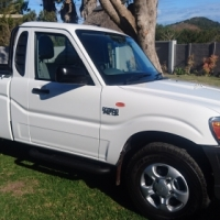 IMMACULATE 2016 Mahindra Scorpio 2.5 Diesel  Single-cab (ONLY 19 900km)