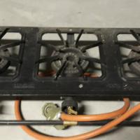 Portable 3 plate gas stove