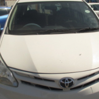 Toyota avanza 1.5 2013 Model,5 Doors factory A/C And C/D Player Central Lucking