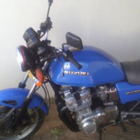 Suziki gsx 750e