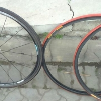 Shimano rim and tyre with 2 spare tyres