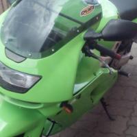 Kawasaki zx9r plus accessories