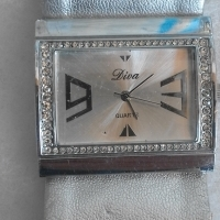 Wrist Watch Diva in a gift box. Ideal for gift.