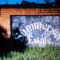 Midrand. 1724 m2 Stand for sale in the upmarket, popular Summerset Estate,