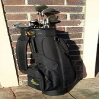 Mens golf clubs for sale.