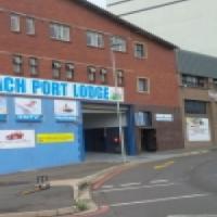 warehouse space / retail shop