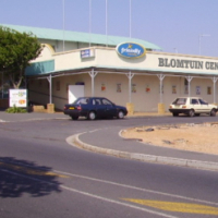 SHOPPING CENTRE - SHOP TO LET - BELLVILLE-TYGERVALLEY AREA