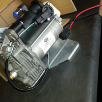 Brand new Discovery 4 New Spec Air Suspension pump for sale