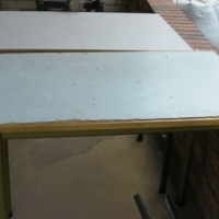 2 X Laminated tafels