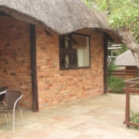 Ngwenya Lodge 4 Sleeper to rent from 29 September-6 October 2017