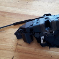 Discovery 3 door lock mechanism for sale