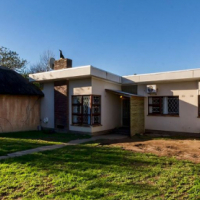 Family Home That Has It All in Somerset West!