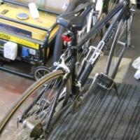Avalanche Road Bike