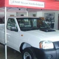 2017 Nissan NP300 2.5 TD LWB S/C 4/2 Base