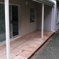 Pennington 1B/r garden cottage to let