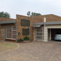 Superb face brick home, sunward park, boksburg