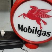 Mobilgas light globe