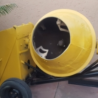 Concrete mixer electric and Honda floater