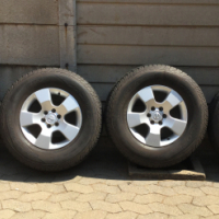 """Nissan Navara 16"""" Mags with Cooper Discoverer cts tyres"""