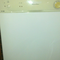 Kelvinator Dishwasher in very good working condition. Blouberg Sands Cape Town