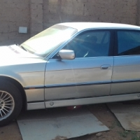 740 bmw 97 model running stripping for all parts or car complete